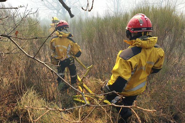 10 ha ont été brûlés et 400 sont menacés à Saint-Vallier-de-Thiey