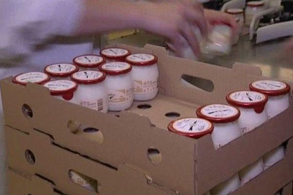 Une des quarante variétés de desserts lactés produits sur le site de Flipou (27).