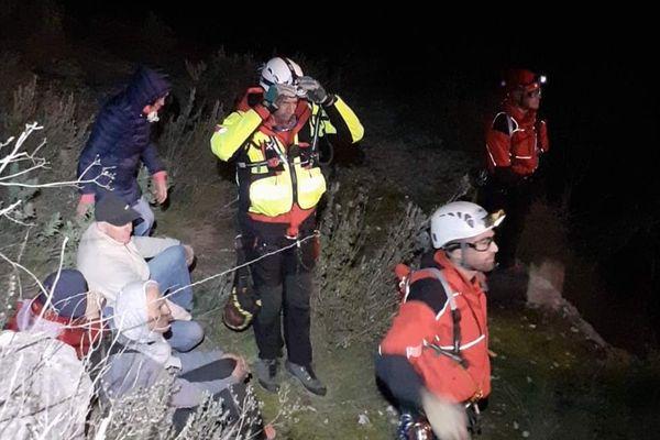Les pompiers du Gard sont intervenus de nuit pour évacuer les personnes bloquées