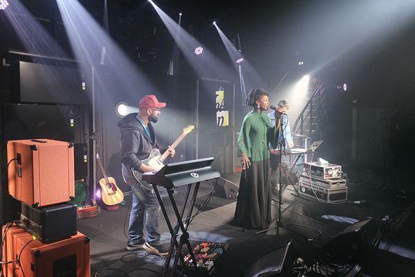 Purpleston, le groupe trip hop sur NoA pop