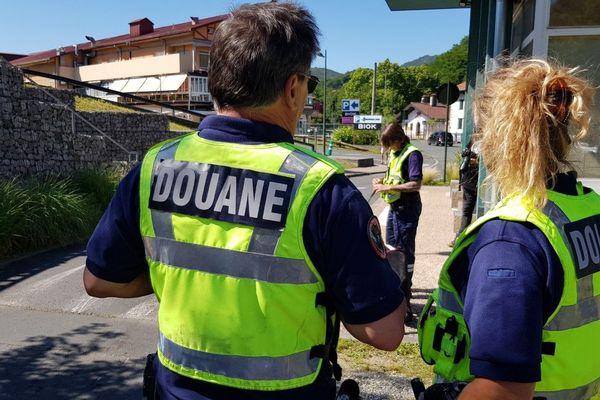 L'unité des douanes des Landes et des Pyrénées-Atlantiques compte 252 douaniers, 75% d'entre eux travaillent sur le terrain.
