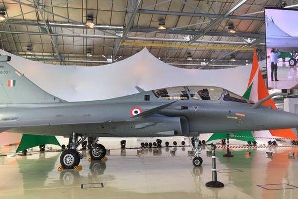 Premier Rafale livré à l'armée indienne sur le site de Dassault Aviation à Mérignac