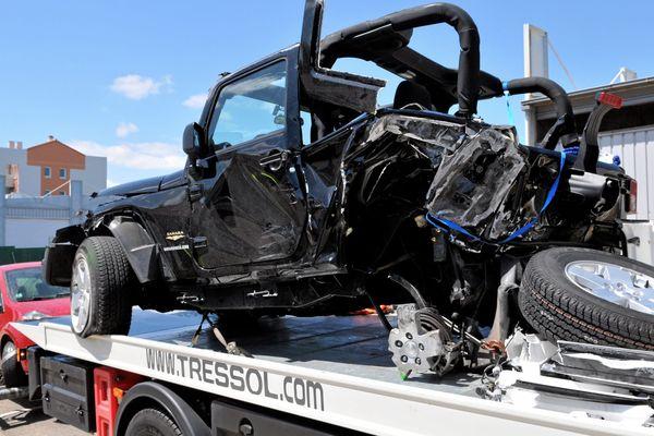 Le conducteur du 4X4, percuté par la Mercedes du trafiquant de drogue lancée à vive allure, est mort après avoir été éjecté de son véhicule.