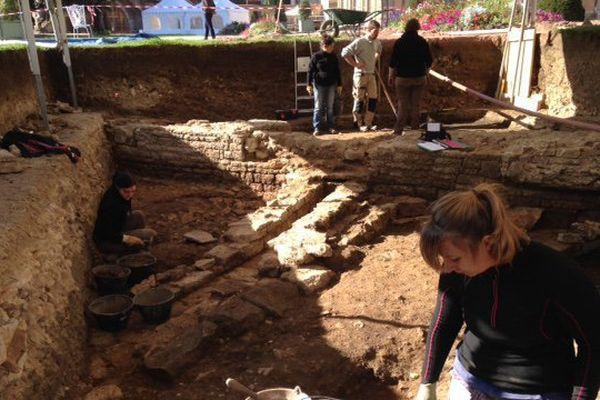 Les fouilles de l'abbaye.