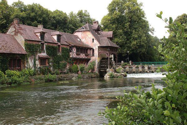Dans l'Eure, le moulin de Fourges retrouvera des conditions plus éclaircies dans l'après-midi.