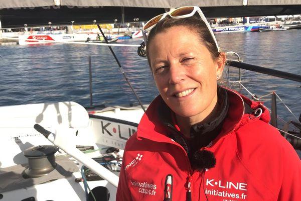 La britannique Samantha Davies (IMOCA / Initiatives Cœur) sur les pontons de la Transat Jacques Vabre, au Havre, le 26 octobre 2019.