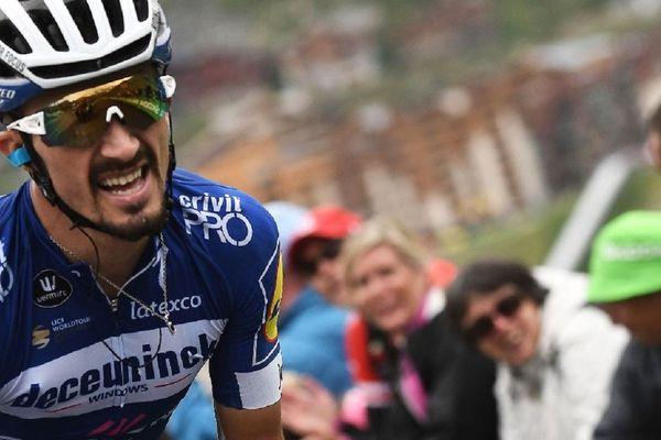 Julian Alaphilippe dans l'ascension de Val Thorens lors du Tour de France 2019.