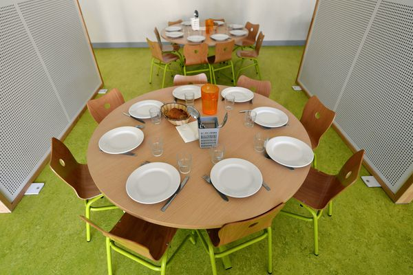La polémique sur les repas sans viande des cantines scolaires lyonnaises navre la ministre de la Transition écologique, Barbara Pompili.