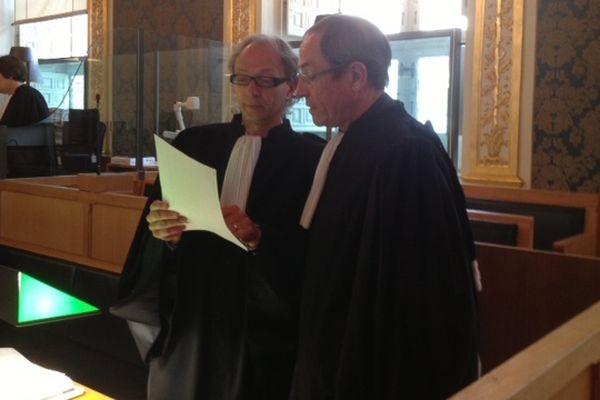 les avocats de Josiane Le Couviour, maîtres Thierry Fillon et Jean-Jacques Le Roux