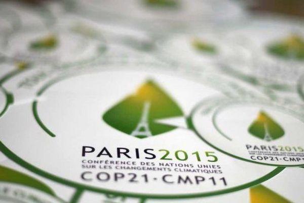 En raison de la COP21, il est interdit de manifester autour du Bourget et sur les Champs-Elysées jusqu'au 13 décembre