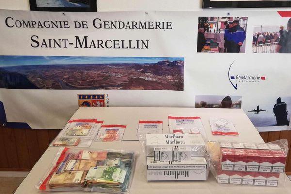 La saisie de ce lundi 16 novembre par la gendarmerie de Saint-Marcellin.