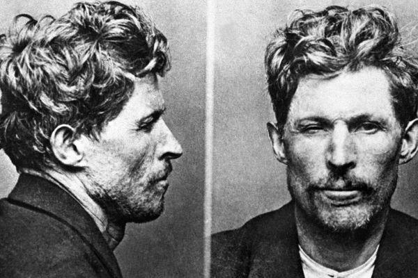 Montage de deux photos d'identité judiciaire, face et profil, datées des années 20 de Guillaume Seznec