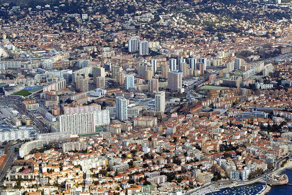 Le département du Var est lui aussi concerné par les mesures de couvre-feu à partir de ce samedi 24 octobre.