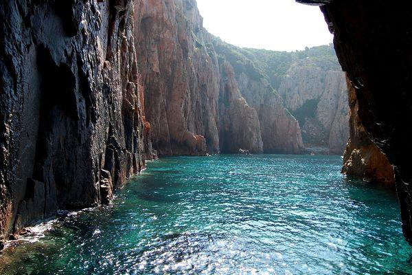 Une des perles de la Réserve naturelle de Scandola, sur la côte ouest de la Corse
