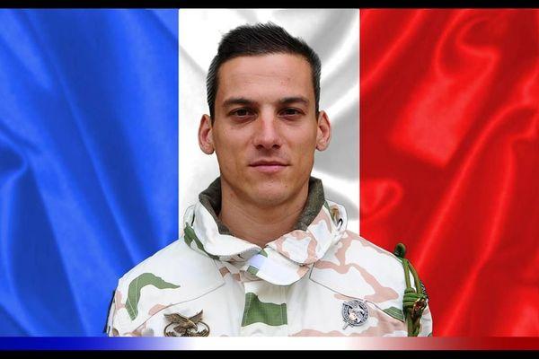 Le maréchal des logis Valentin DUVAL est décédé au Mali dans une collision accidentelle entre deux hélicoptères