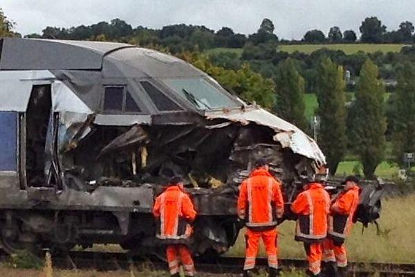La rame du TGV cet après-midi à Sillé-le-Guillaume.