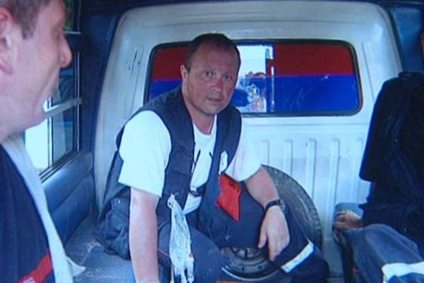 Philippe Besson en mission en Indonésie en 2004 après le tsunami