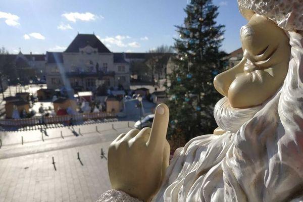 Le Marché de Noël à St Dizier, en Haute-Marne, ouvre ses portes malgré la Covid-19.