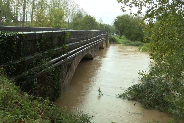 Les niveaux d'eau ne cessaient d'augmenter dans les Landes. ( archives )
