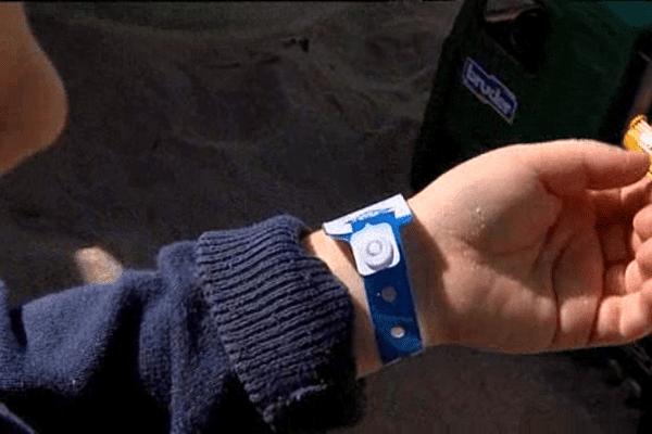 L'an dernier, la SNSM a distribué 550 000 bracelets sur les plages françaises