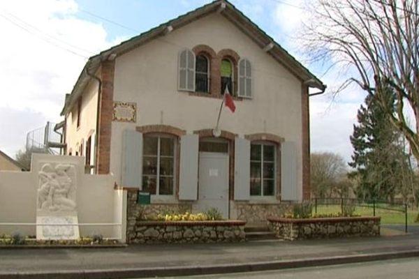 Mairie d'Arrabloy (Loiret)
