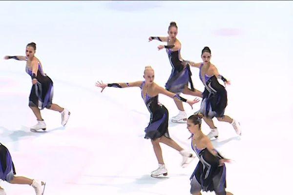 Les patineuses russes de l'équipe Paradise dans leur programme libre Senior samedi 3 février 2018.