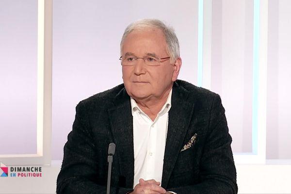 """Jean-Michel Clément, député """"Liberté et Territoires"""" de la Vienne invité de Dimanche en politique le 24 janvier 2021"""