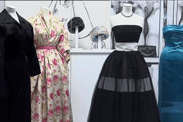 """L'exposition """"Une maison, des collections"""" est à découvrir jusqu'au 16 mars au musée Christian Dior à Granville"""