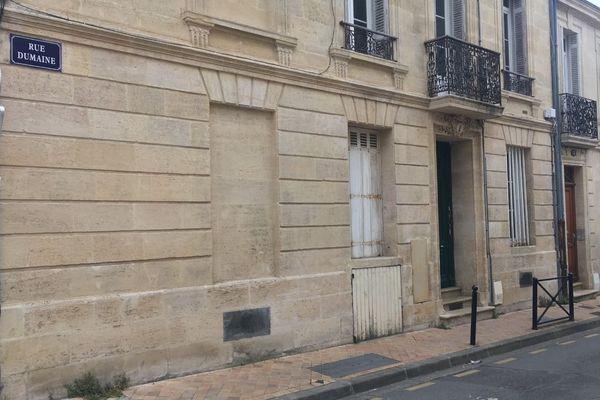 C'est dans cette rue bordelaise que le corps d'un homme tué par arme blanche a été découvert à son domicile.