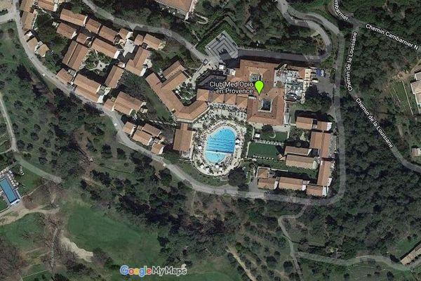 Bâtiments du Club Med, situé à Opio, dans les Alpes-Maritimes