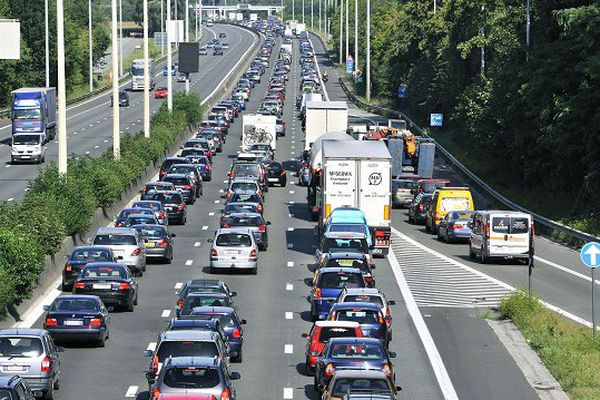 En 2014, les automobilistes belges ont perdu en moyenne 51 heures dans les bouchons, contre 58 heures en 2013.