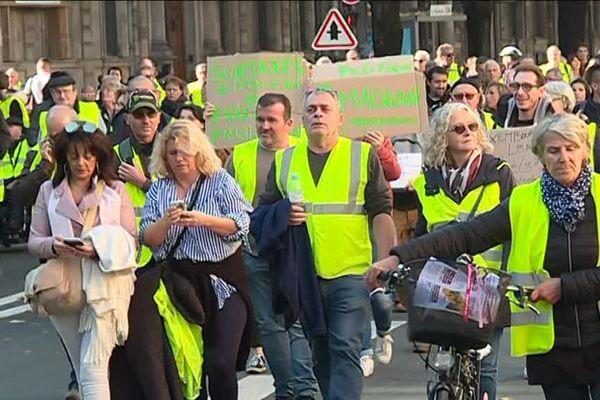 """Des milliers de """"Gilets jaunes"""" avaient défilé dans les rues de Bordeaux le 17 novembre dernier."""