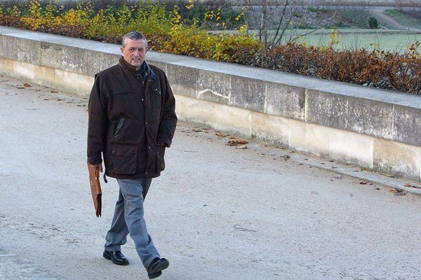 François Léotard, ancien maire de Fréjus et ancien ministre de la Défense, a été condamné à deux ans de prison avec sursis et à 100 000 euros d'amende.