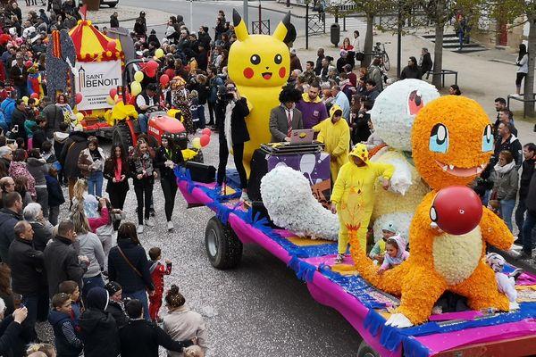 Plusieurs milliers de personnes ont assisté au défilé de chars proposé dans le cadre du carnaval de Moulins