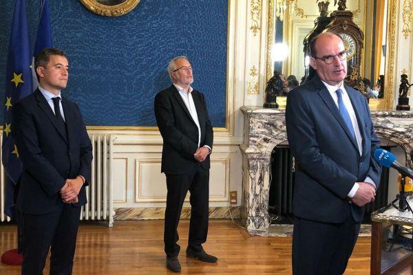 De droite à gauche, le Premier ministre Jean Castex, le maire de Dijon François Rebsamen et le ministre de l'Intérieur Gérald Darmanin vendredi 10 juillet 2020.