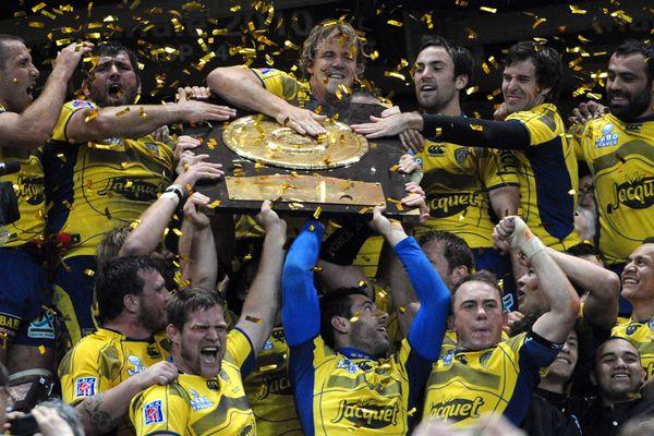 L'ASM championne de France ! C'était il y a 7 ans, le 29 mai 2010, les Jaune et Bleu, gagnaient la finale et ramenaient en Auvergne le bouclier.