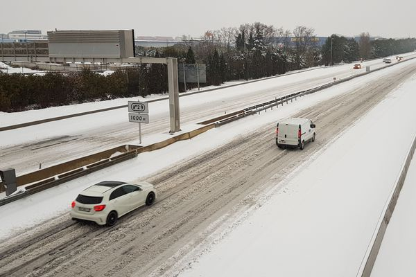 Montpellier - l'A.9 sous la neige est fermée à la circulation - 28 février 2018.