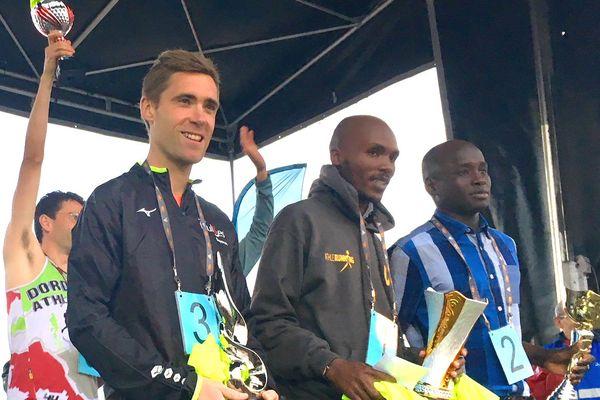 De gauche à droite : Pierre Urruty (3e) - Frederick Koech (1er) - Ahmad Abdou-Dahoud (2e)