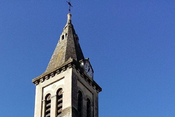 L'église du Teil menace de s'effondrer ... une des conséquences du séisme qui a frappé l'Ardèche et la Drôme le lundi 11 novembre