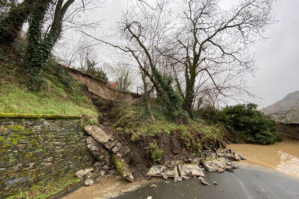 A Aubin (Aveyron), le glissement de terrain a proximité de la voie ferrée Paris-Rodez