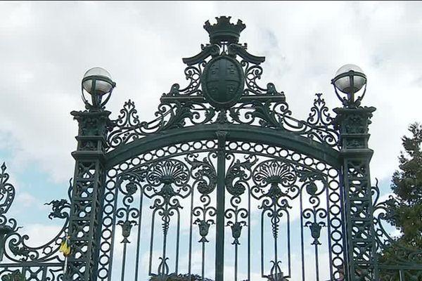 Les grilles du jardin Lecoq à Clermont-Ferrand sont restées fermées tous le week-end