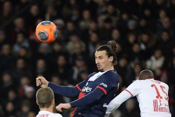 Zlatan a ouvert la marque sur coup franc. Il termine meilleur buteur.