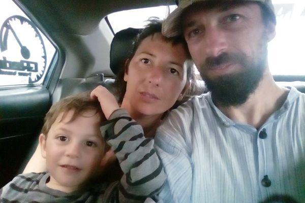 Aurélie, Fred et leur fils de 3 ans sont bloqués depuis le 12 mars dans la ville Mancora, au nord du Pérou