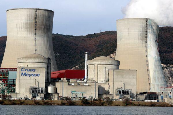La centrale nucléaire de Cruas (Ardèche) - Archives