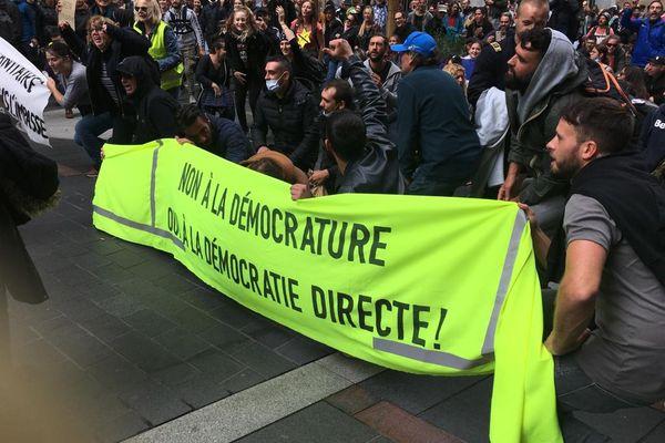Manifestation contre le pass sanitaire à Toulouse ce mercredi.