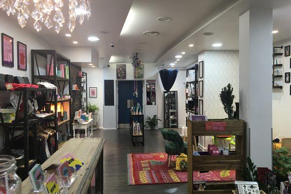 "Un magasin ""joli et accueillant""."