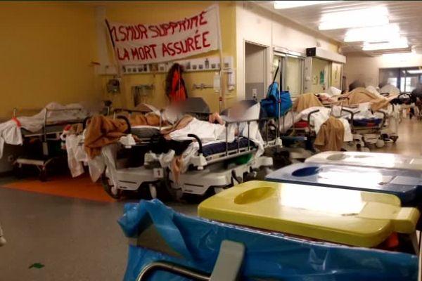 Cette photo, prise ce lundi 21 janvier, montre les conditions des urgences de Lons