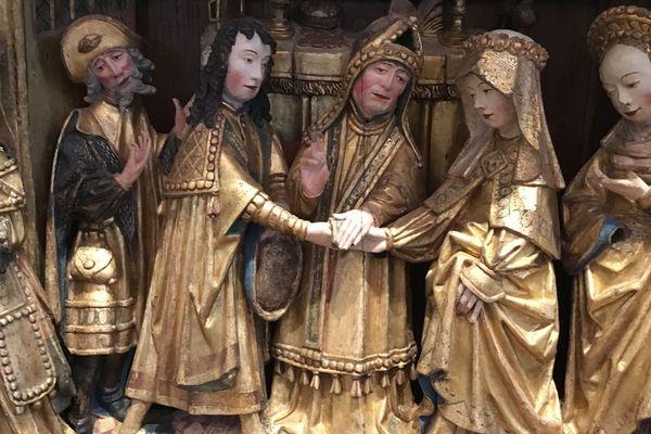 Le retable présente la vie de la Vierge Marie. Ici, le mariage d'Anne et Joaquim (parents de Marie) est l'une des scènes présentées.