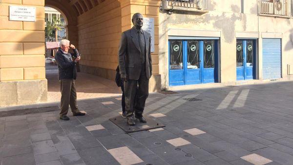Les deux doigts vandalisés devraient être réparés dés ce jeudi indique la Ville de Nice.