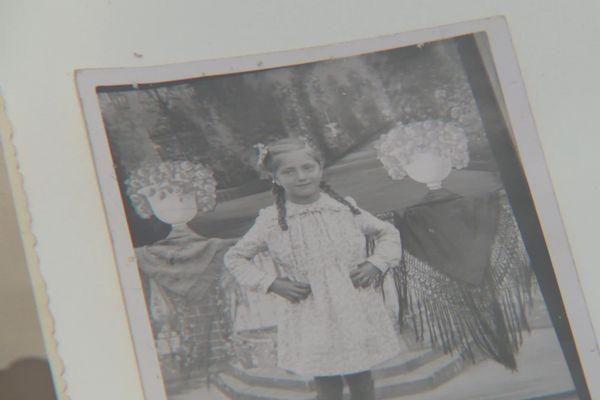 Cette photo, le père de Paquita l'avait sur lui quand il a été emmené dans les camps de concentration en Autriche - octobre 2020
